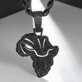 Colgante de Mapa de Pantera Negra Africana de Oro Negro con Diamantes