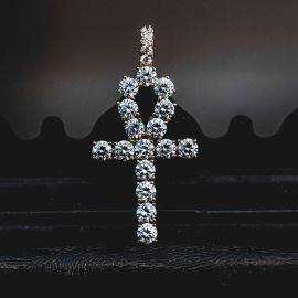 Colgante Cruz de Ankh de Oro con Diamantes