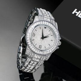 Reloj de plata con diamantes de 18K