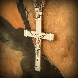 Colgante Cruz de Jesús Crucificado de Plata