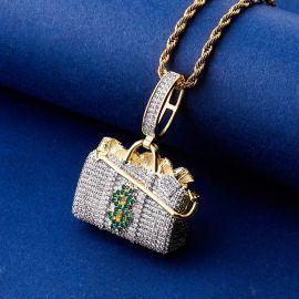 Colgante de Maleta de Oro con Diamantes