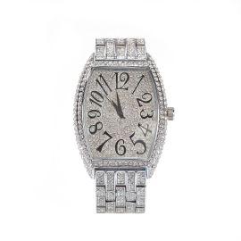 Reloj de pulsera curvo con esfera grande en forma de tonel de plata con diamantes