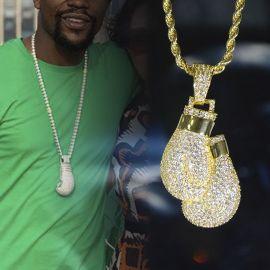 Colgante Guantes de Boxeo de Oro con Diamantes