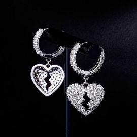 Pendientes Colgantes del Corazón Roto con Diamantes