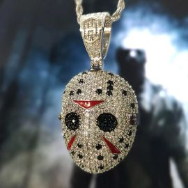 Colgante de la Mascara de Jason con Diamantes