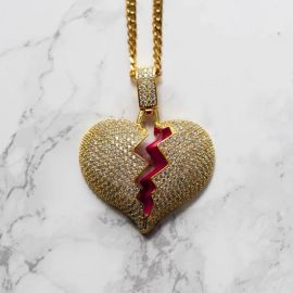 Colgante de Corazón Roto de Oro con Diamantes