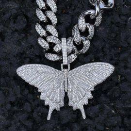 Colgante de Mariposa de Plata con Diamantes