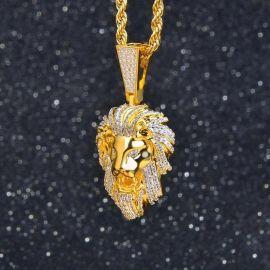 Colgante León Rugiente de Oro con Diamantes