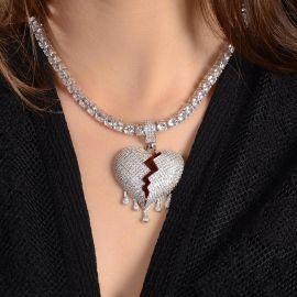Collar de Mujeres con Corazón Roto Goteando - Sólo el Colgante