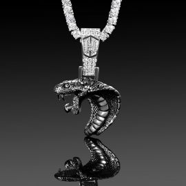 Colgante de Cabeza de Cobra de Boca Abierta