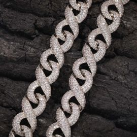 Cadena Infinita de Diamantes con Cierre de Caja de Plata de 15mm