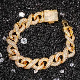 Pulsera Infinito con Diamantes con Cierre de Caja de Oro de 15mm