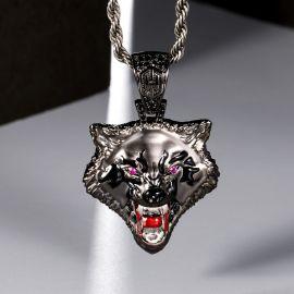 Colgante Cabeza de Lobo Rugiente de Oro Negro