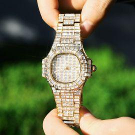 40mm Reloj con esfera de piedras de talla baguette de oro