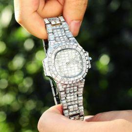 40mm Reloj con esfera de piedras de talla baguette de plata