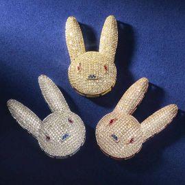 Colgante de Conejo Malo con Diamantes