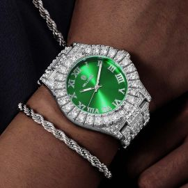 Reloj de Hombre de Esfera Verde con Números Romanos de Plata con Diamantes
