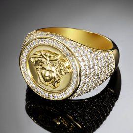 Anillo con Diamantes de Oro con Diseño de Gorgon