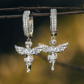 Pendientes en forma de Ángel Rezador de Plata con Diamantes