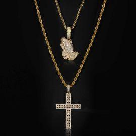 Juego de Colgante de Manos de Oración con Diamantes + Colgante de Cruz de Oro