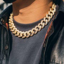 Cadena Cubana con Piedras Cuadradas y Redondas de 20mm de Oro