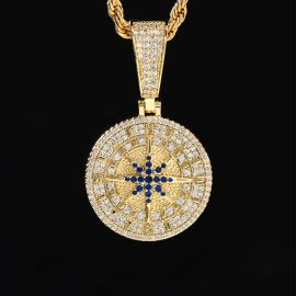 Colgante de Brújula con Diamantes