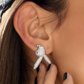 Pendientes en forma de Conejo al Revés de Plata con Diamantes para Mujer