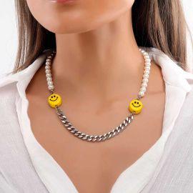 Cadena Cubana de Acero y Perlas con Semblante Risueño para Mujer