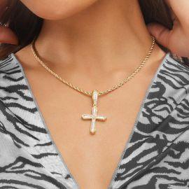 Colgante Cruz Halo con Diamantes Baguette de Oro para Mujer