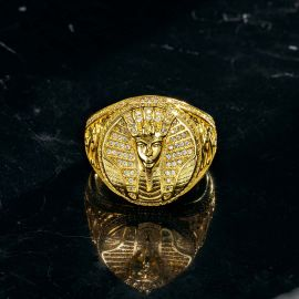 Anillo de Daraón Egipcio con Diamantes de Oro