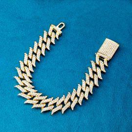18mm Pulsera Cubana Claveteada con Diamantes de Oro