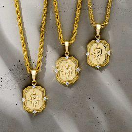 Colgante de Letra Inicial A-Z con Diamantes de Oro
