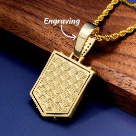 Colgante con Escudo de Alas con Diamantes de Oro