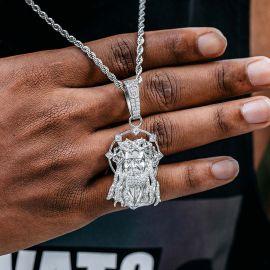 Colgante Jesús con Diamantes de Plata
