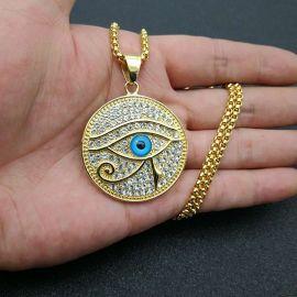 Colgante Redondo Ojo de Horus con Diamantes