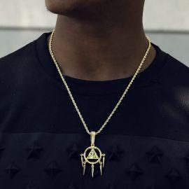 Colgante en Forma de Pirámide Egipcia con Ojo de Horus de Oro