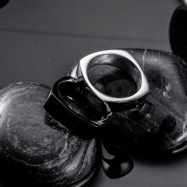Anillo de Acero Inoxidable de Cúpula Lisa Simple Clásico Negro