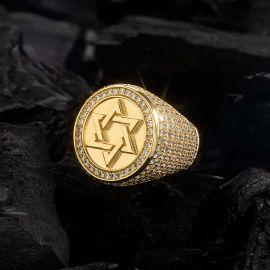 Anillo Estrella de David de Oro con Diamantes