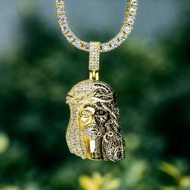 Juego de Colgante con Cara Mecánica de Jesús con Diamantes con Cadena de Tenis de Oro
