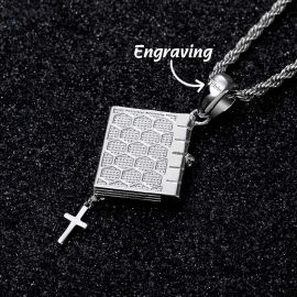 Colgante de Cruz de la Santa Biblia con Diamantes