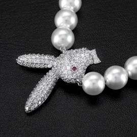 Collar de Perlas de Conejito al Revés con Diamantes