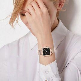 Reloj Cuadrado con Esfera Negra de Oro Rosa para Mujer