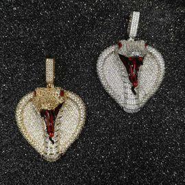 Colgante Cabeza de Rey Cobra con Diamantes